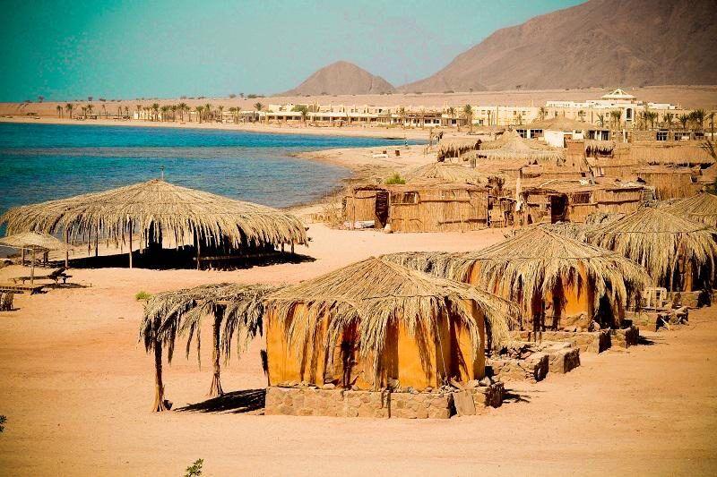 Campamento de Playa de Antika