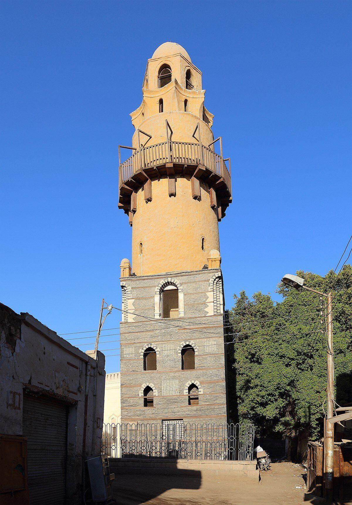 Minarete de Emari