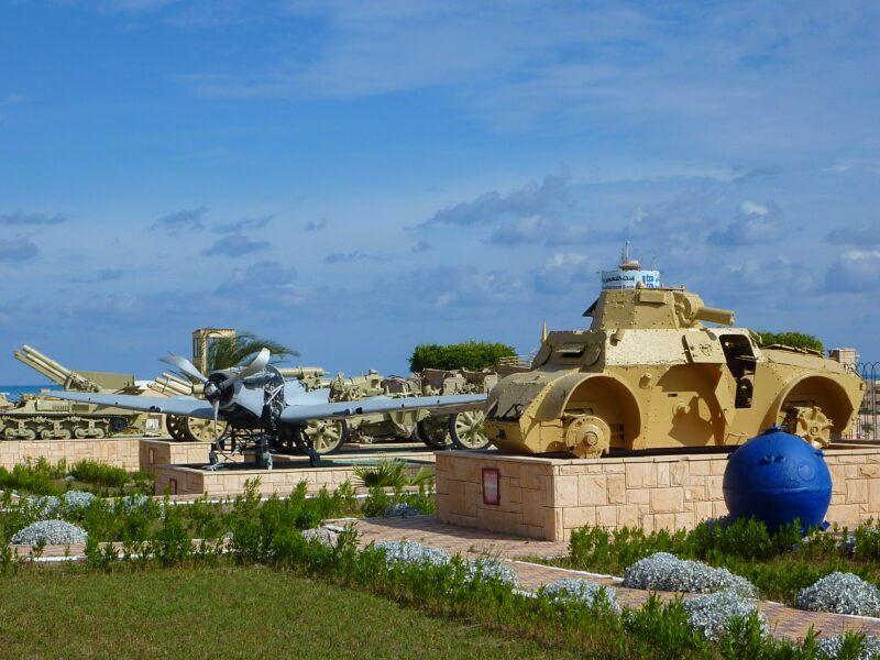 Recuerdo de tanques militares usados por los soldados